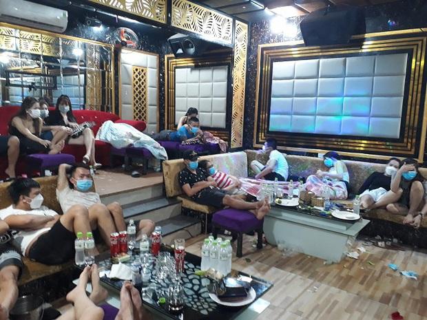 Phát hiện 53 nam nữ tụ tập phê ma túy trong quán karaoke giữa dịch Covid-19 - Ảnh 1.