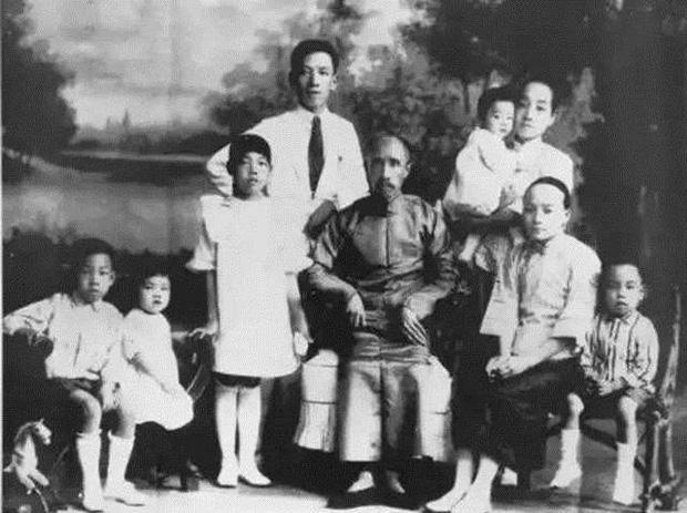 Gia tộc không chỉ giàu 3 họ mà còn trải qua 15 thế hệ liên tục phồn vinh: Bí quyết nằm ở 5 trí tuệ được đúc kết và truyền đời - Ảnh 2.