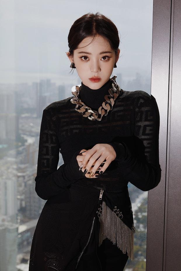 Màn sốc visual của 1 nữ thần Cbiz hiện gây bão Weibo: Nhan sắc tựa idol Kpop, body hậu giảm cân còn đẳng cấp hơn - Ảnh 10.