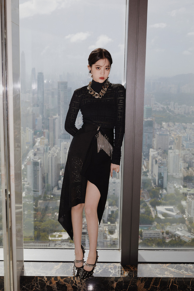 Màn sốc visual của 1 nữ thần Cbiz hiện gây bão Weibo: Nhan sắc tựa idol Kpop, body hậu giảm cân còn đẳng cấp hơn - Ảnh 11.