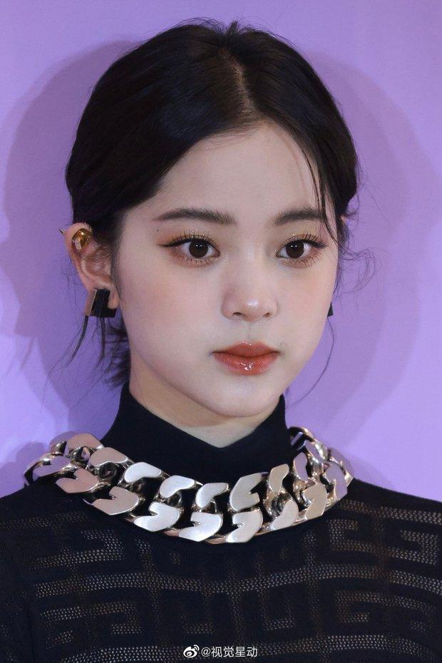 Màn sốc visual của 1 nữ thần Cbiz hiện gây bão Weibo: Nhan sắc tựa idol Kpop, body hậu giảm cân còn đẳng cấp hơn - Ảnh 7.