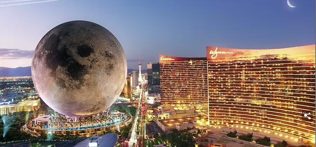 Bên trong khách sạn mặt trăng khổng lồ cao 224 mét - Ảnh 1.
