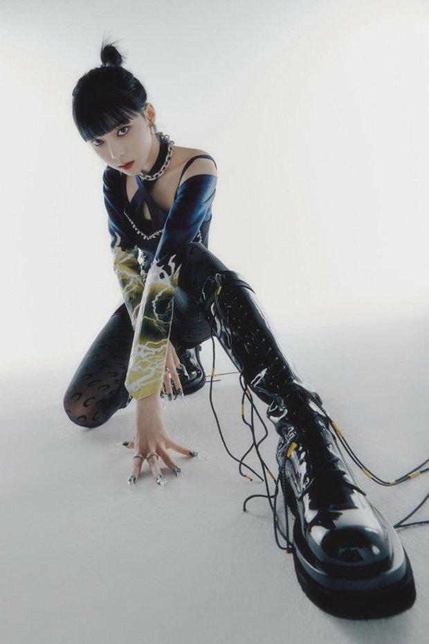 Visual ngày ấy của Winter (aespa) cũng từng bị nghi dao kéo cùng lò với Karina, giờ trổ sắc được ví như Taeyeon (SNSD) - Ảnh 12.