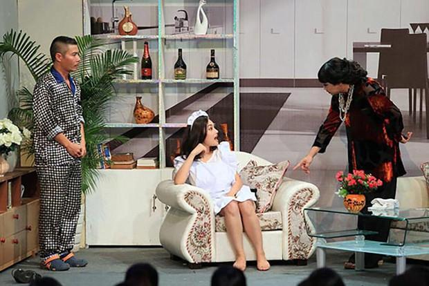 Bị chỉ trích là vô lễ, bạo lực với đàn anh, nữ ca sĩ Việt từng suy sụp đến mức gần như mất tích khỏi showbiz - Ảnh 2.