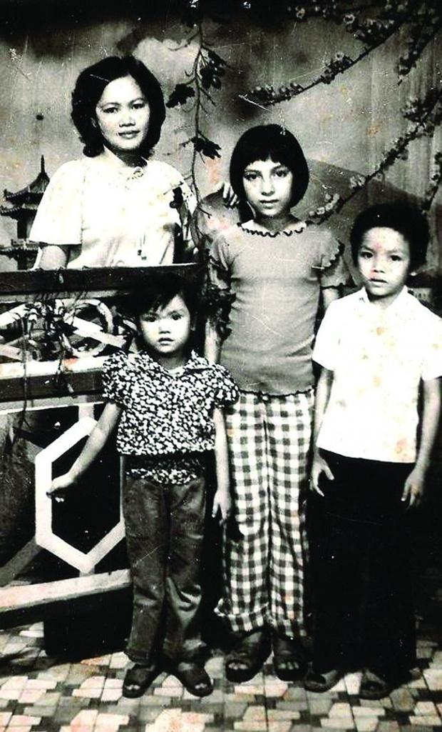 Xót lòng clip Phi Nhung nói về cuộc đời: Làm con nhưng không dám gọi mẹ, dù bị đánh vẫn thấy tội và thương - Ảnh 4.