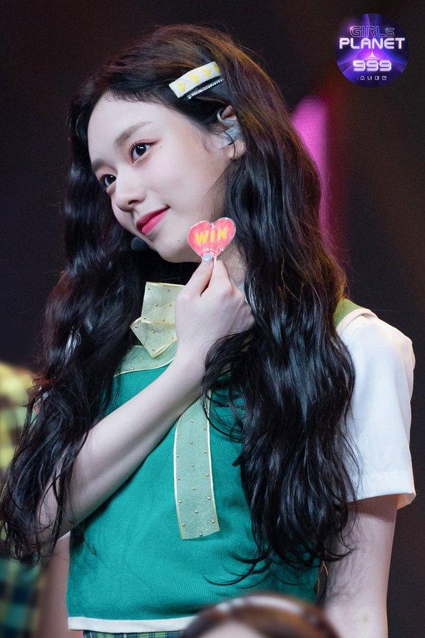 Mnet lại gây sốc khi loại 2 visual đỉnh cao nhất nhì, có cả nữ thần gây sốt MXH khỏi Girls Planet 999 - Ảnh 2.