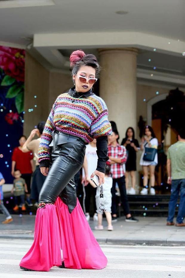 Chúng ta đã có những mùa Fashion Week đầy rẫy thảm hoạ gây chấn thương tâm lý như thế... - Ảnh 6.