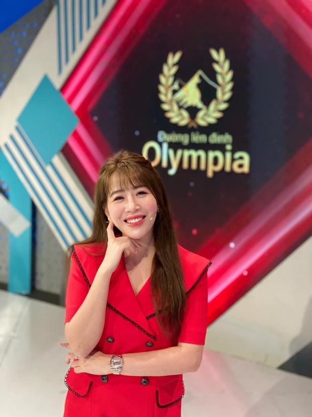 MC Diệp Chi tiết lộ lý do im lặng trước thông tin Khánh Vy thay thế mình tại Đường Lên Đỉnh Olympia - Ảnh 1.