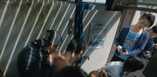 Nam sinh bị bạn học dán hình nude 18+ khắp trường: Cảnh phim Hoa ngữ này đang khiến dân tình phẫn nộ tột cùng - Ảnh 4.