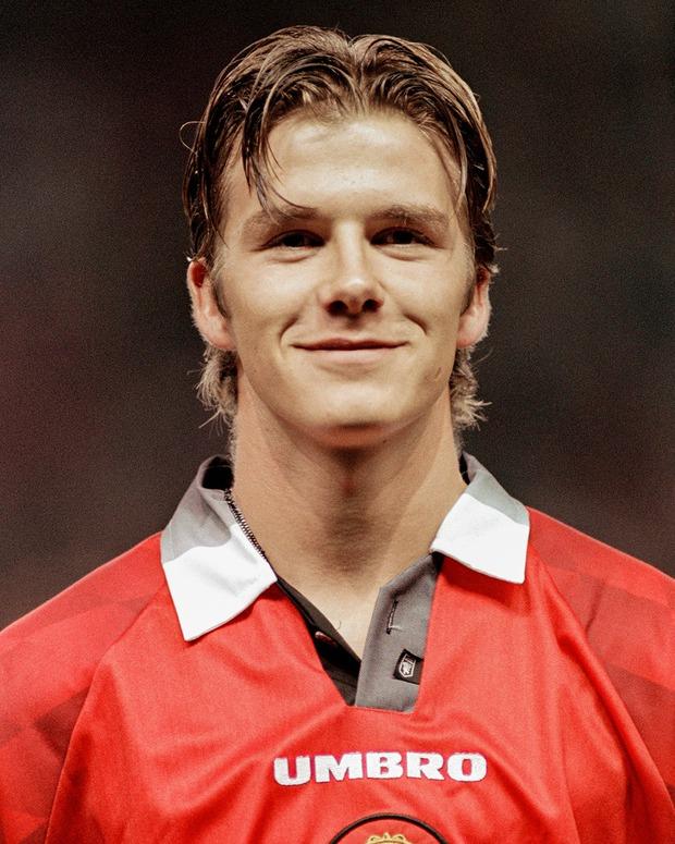 Hình ảnh trẻ măng của David Beckham bỗng bị đào lại, nhan sắc cách đây gần 30 năm thế nào mà khiến dân tình náo loạn - Ảnh 4.