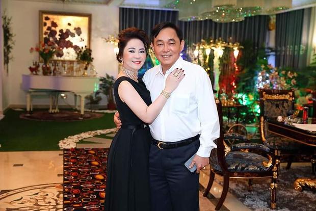Nhân viên Đại Nam cho bà Phương Hằng xem ảnh chế của anti fan photoshop đến méo mồm, hé lộ phản ứng của CEO - Ảnh 1.