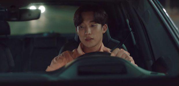 Kim Seon Ho nhận là người yêu Shin Min Ah, thành công lấy lòng bố vợ ở Hometown Cha-Cha-Cha tập 9 - Ảnh 7.