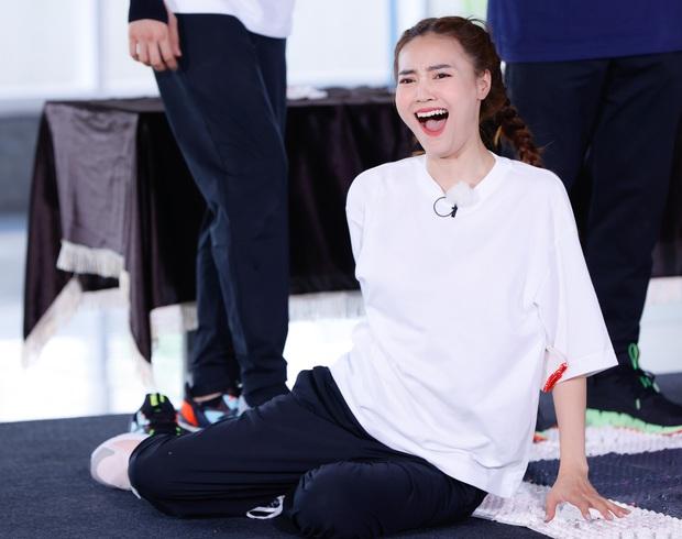 Fan la ó khi Running Man Việt tự spoil sạch tình tiết tập 2, thiếu điều công bố luôn đội chiến thắng - Ảnh 2.
