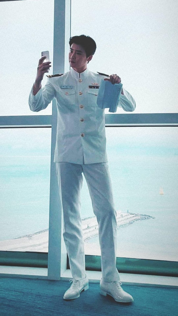 Lee Jong Suk - Cha Eun Woo lần đầu lộ diện chung ở phim mới, visual nhân đôi thế này ai chịu nổi - Ảnh 4.