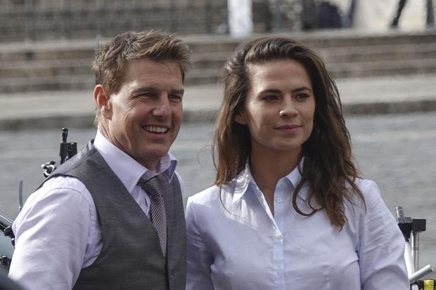Tom Cruise chia tay bạn gái bốc lửa kém 20 tuổi sau 1 năm hẹn hò, lí do là gì mà khiến khán giả ngán ngẩm lắc đầu? - Ảnh 7.