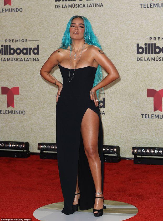 Thảm đỏ Billboard Latin: Camila lột xác át cả Hoa hậu Hoàn vũ, dàn mỹ nhân đua nhau phô body xôi thịt lộ cả điểm nhạy cảm - Ảnh 12.