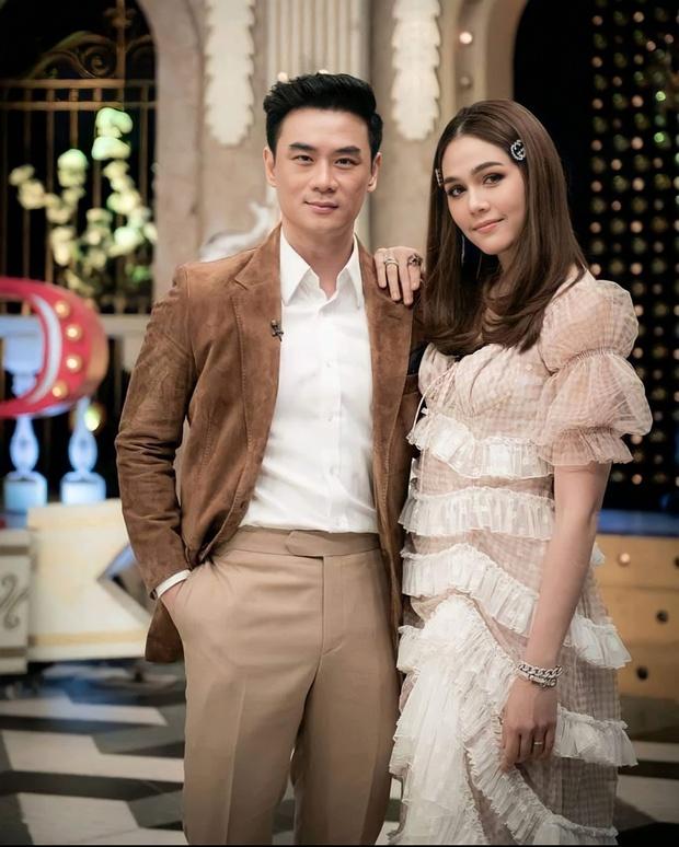 Nữ hoàng showbiz Thái Lan Chompoo Araya thông báo mang thai lần 2 với tỷ phú khét tiếng ở tuổi 40 - Ảnh 4.