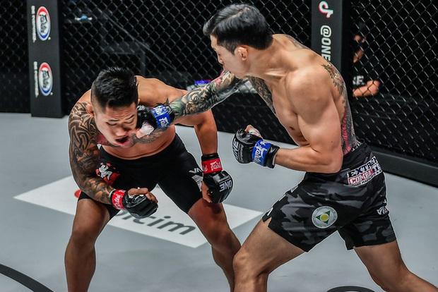 Võ sĩ gốc Việt Martin Nguyễn buồn bã, lên tiếng xin lỗi người hâm mộ sau trận thua bằng knock-out đáng tiếc - Ảnh 3.