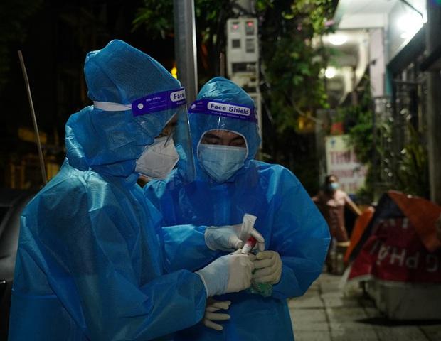 PGĐ Sở Y tế Hà Nam giải thích nguyên nhân ca mắc COVID-19 cộng đồng tăng - Ảnh 3.