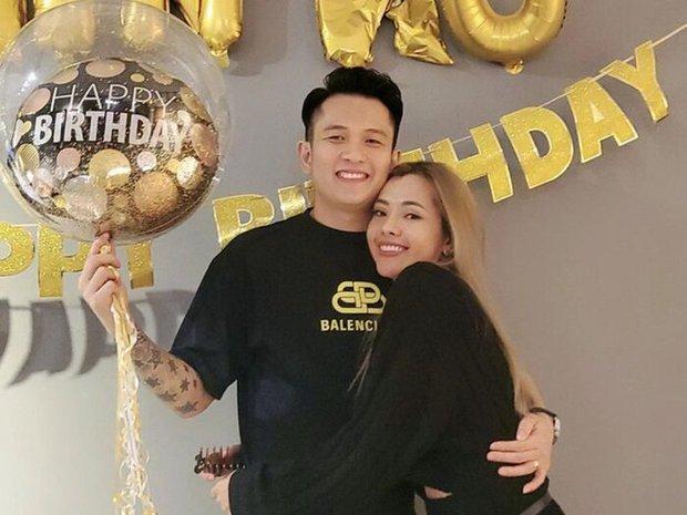 Tình tin đồn một thời của Trương Ngọc Ánh bất ngờ thông báo đã kết hôn 2 năm, đang cùng vợ định cư tại Singapore - Ảnh 2.