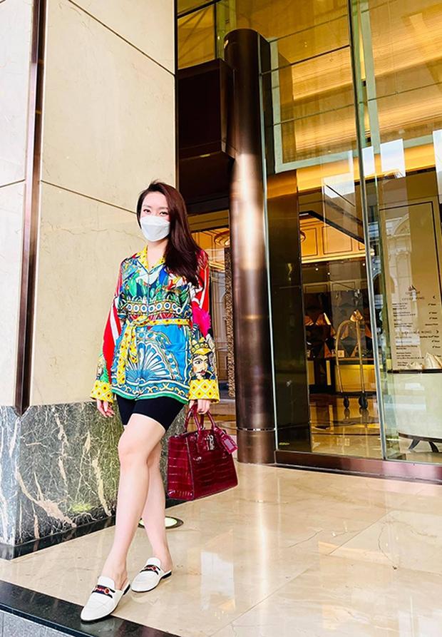 Vợ kém 16 tuổi của Chi Bảo tăng 8kg khi mang thai 6 tháng, nhan sắc sexy hết nấc - Ảnh 5.
