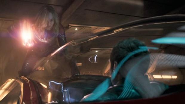 5 lần Marvel để lộ lỗi sai quá nghiệp dư: Chiếc khiên bí ẩn của Đội trưởng Mỹ có đáng sợ bằng bóng người lạ ở Doctor Strange? - Ảnh 5.