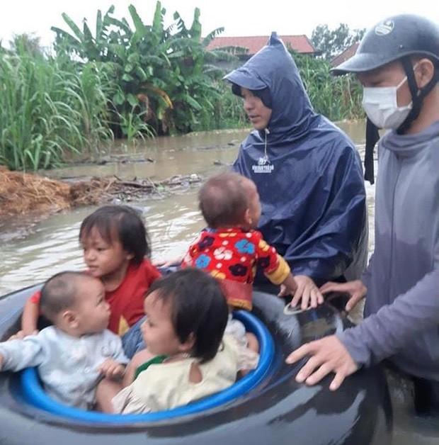 Một người mất tích, gần 700 ngôi nhà bị ngập, dân di dời khẩn cấp do mưa lớn ở Nghệ An - Ảnh 3.