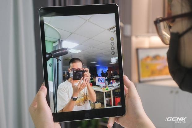 Trên tay iPad 9 tại VN: Thiết kế lỗi thời nhưng vẫn sẽ bán rất chạy! - Ảnh 8.