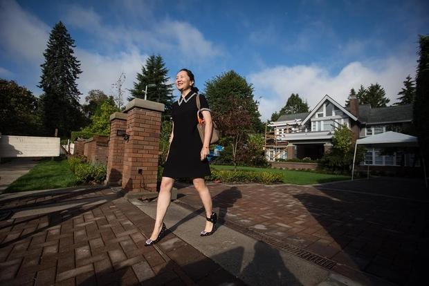 Bất ngờ với cuộc sống của Công chúa Huawei khi còn bị giam ở Canada: Thoải mái ăn nhà hàng, sắm đồ hiệu - Ảnh 3.