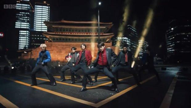 Jimin liên tục bị hắt hủi, mất hút khỏi sân khấu của BTS khiến fan giận dữ đẩy hashtag đòi HYBE lên tiếng - Ảnh 4.