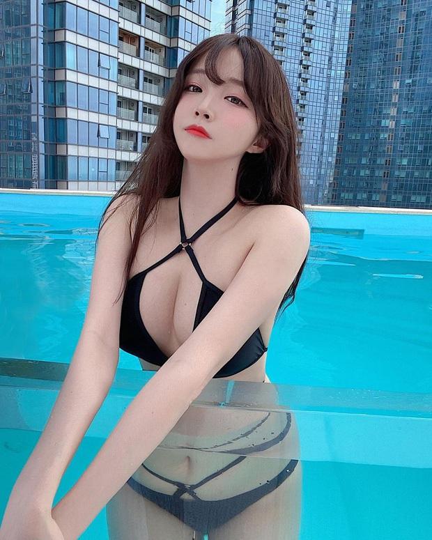 Khi dàn streamer tuyệt sắc xứ Hàn diện bikini thiếu vải, body bốc lửa khiến fan đứng ngồi không yên - Ảnh 1.