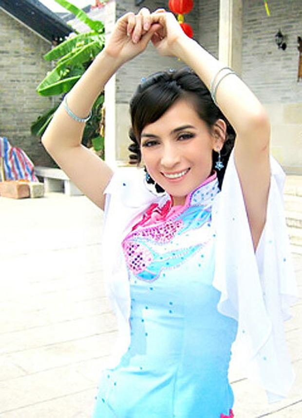 Netizen truyền tay clip Phi Nhung từng đóng phim cổ trang Hoa ngữ 10 năm trước, còn hát OST 100% tiếng Hoa - Ảnh 7.
