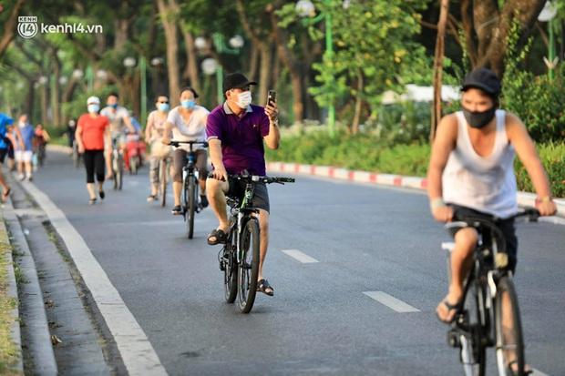 Hoả tốc: Từ ngày 28/9, Hà Nội cho phép người dân tập thể dục, mở cửa TTTM, shop thời trang, mỹ phẩm - Ảnh 1.