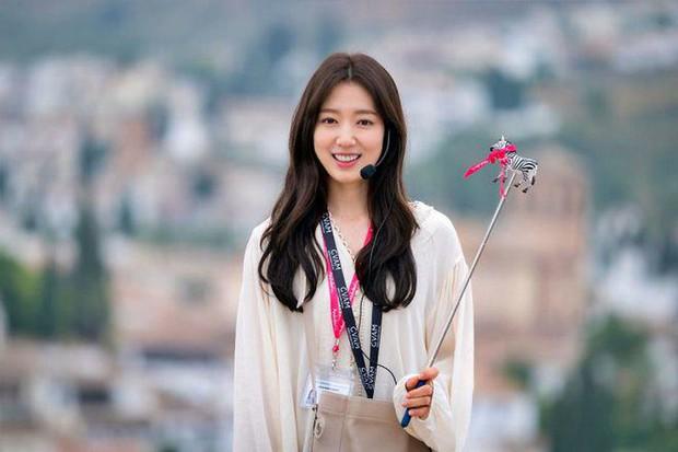 4 mỹ nữ phim Hàn là chúa lười thay đổi: Song Hye Kyo mãi vẫn sợ xấu, Park Bo Young không đóng nổi phản diện? - Ảnh 5.