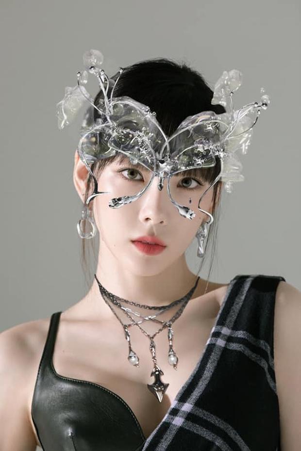 Sẽ thế nào khi các idol Kpop đu theo concept trong bộ ảnh mới của aespa? - Ảnh 2.