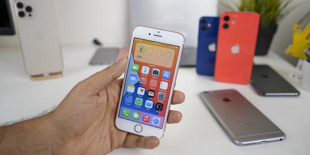 Nâng cấp iOS 15 có làm iPhone cũ chậm đi? Bạn sẽ bất ngờ khi biết kết quả! - Ảnh 2.
