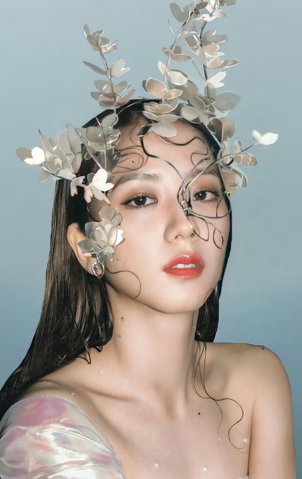 Concept mặt nạ hoa lá của aespa mà rơi vào tay nữ idol này thì cả nhóm bị diệt gọn, đến BLACKPINK cũng không đọ lại - Ảnh 6.