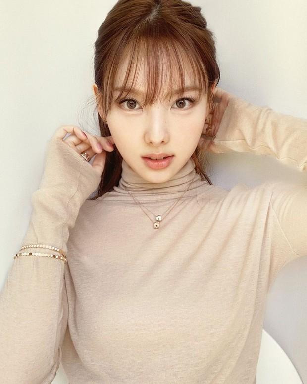 Rất hiếm mới thấy 3 thế hệ nhan sắc xứ Hàn cùng đọ visual, Song Hye Kyo lần này có cho đàn em ngửi khói? - Ảnh 6.