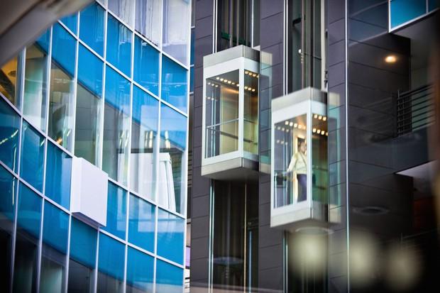 Giới siêu giàu khóc trong căn penthouse của tòa nhà chọc trời: Sống trên mây hóa ra không hề tuyệt như chúng ta tưởng tượng - Ảnh 4.
