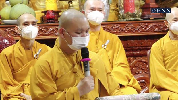 Cập nhật Lễ cầu siêu nữ ca sĩ Phi Nhung: Xót xa di ảnh người quá cố, hàng nghìn khán giả tưởng niệm từ xa - Ảnh 3.