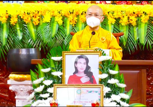 Cập nhật Lễ cầu siêu nữ ca sĩ Phi Nhung: Xót xa di ảnh người quá cố, Thanh Lam - Phương Thanh và các nghệ sĩ nghẹn ngào tiễn biệt - Ảnh 10.