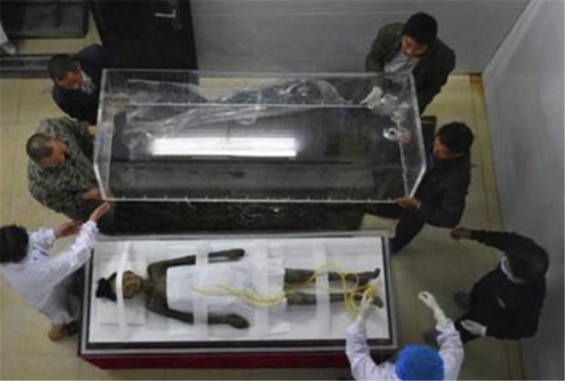 Ngôi mộ mỹ nhân 200 năm tỏa ra hương thơm nức kỳ lạ khiến giới khảo cổ đau đầu: Có phải chính là nàng Hàm Hương trong lịch sử? - Ảnh 4.