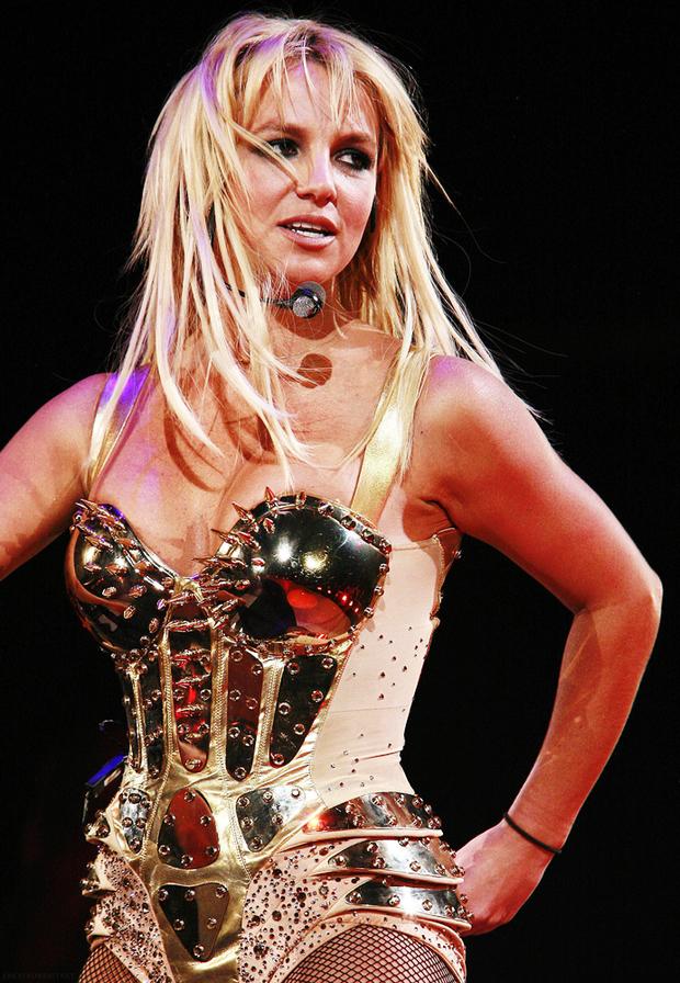 Phẫn nộ đỉnh điểm: Britney Spears bị cô lập đến tàn độc, tình tiết trong phim tài liệu gây sốc tới độ luật sư đâm đơn kiện! - Ảnh 3.