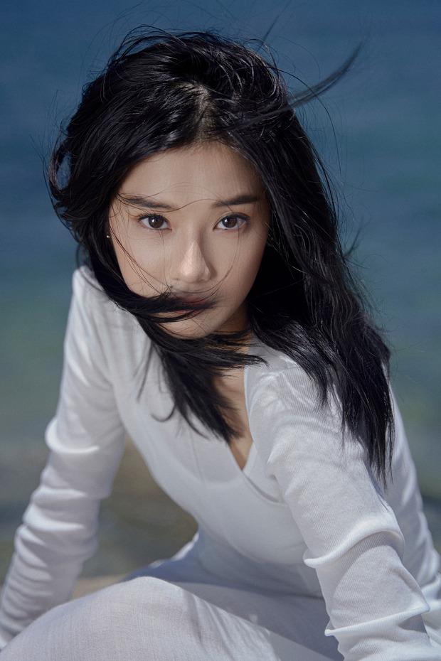 Đố bạn biết: Nữ ca sĩ mang nghệ danh Hoàng Yến NVH Quận Ba Đình, nổi trôi bồng bềnh trên sông Tô Lịch là ai? - Ảnh 9.