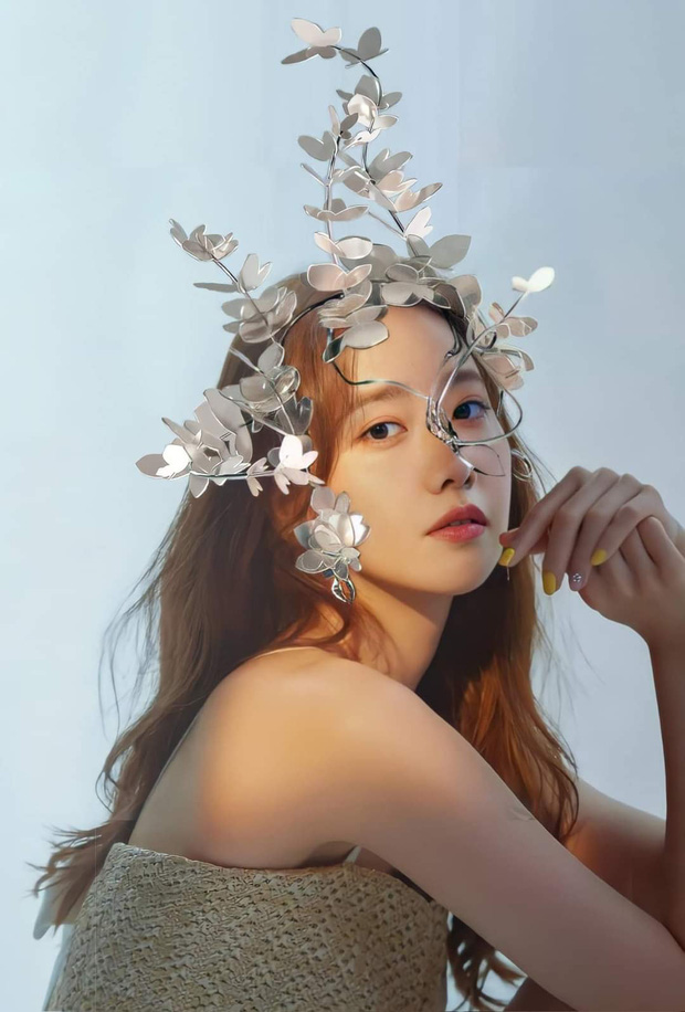 Concept mặt nạ hoa lá của aespa mà rơi vào tay nữ idol này thì cả nhóm bị diệt gọn, đến BLACKPINK cũng không đọ lại - Ảnh 5.