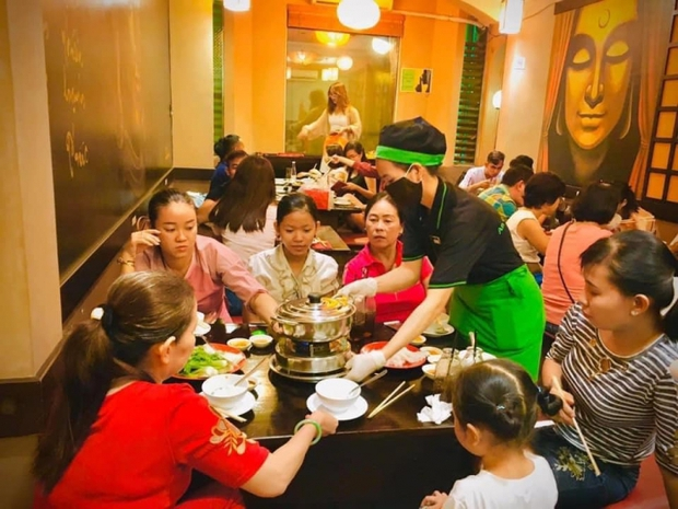 Phi Nhung mở nhà hàng chay để nuôi trẻ em mồ côi ăn học, những ngày cuối đời lại vướng vào một chuyện đáng tiếc - Ảnh 6.