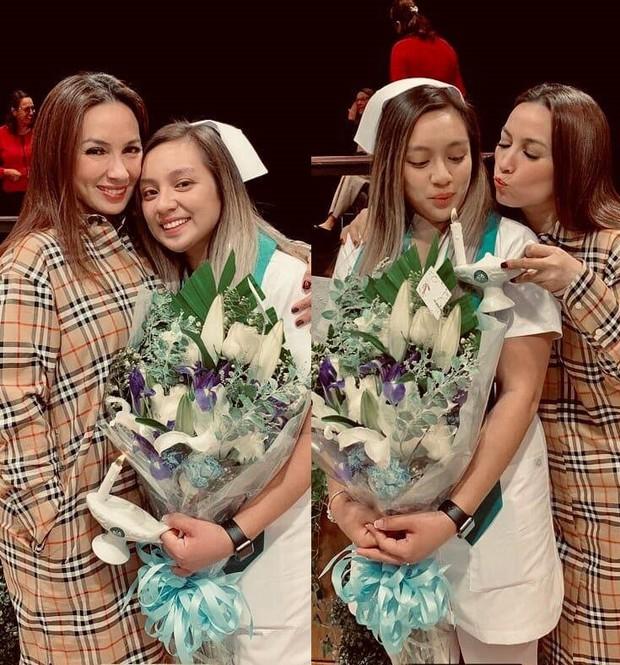 Lễ cầu siêu cho Phi Nhung tại Mỹ: Con gái suy sụp trước di ảnh mẹ, Trizzie Phương Trinh, Hồng Đào có mặt chia buồn - Ảnh 7.