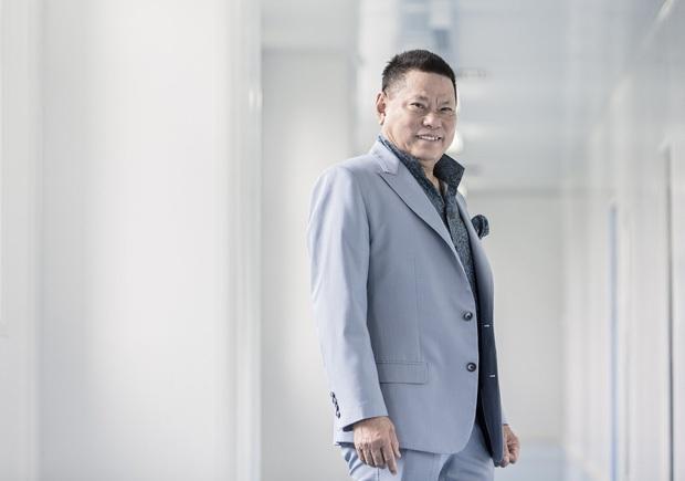 Tỷ phú hứa thay Phi Nhung lo cho 23 trẻ mồ côi: Top 400 người giàu nhất nước Mỹ, ở khu biệt thự hơn 720 tỷ đồng - Ảnh 3.