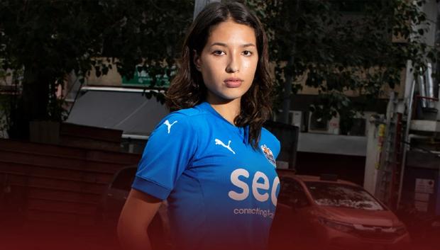 Đối thủ của tuyển nữ Việt Nam gây sốt khi gọi cả Á hậu lên thi đấu: Cao tới 1m73, nhan sắc tuổi 18 khiến tất cả phải xao xuyến - Ảnh 1.