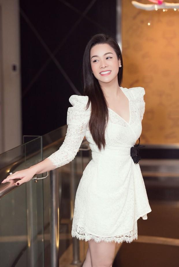 Netizen chỉ trích Nhật Kim Anh vì khoe tiền phúng điếu Phi Nhung, chính chủ vội phản ứng ngay - Ảnh 4.